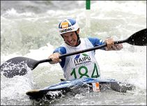 Campbell Walsh is a club member whose achievements include winning a silver medal at the olympics, winning a silver and two bronze medals at the World Championships, being the 2008 European Champion and the 2009 European Team Champion along with Rich Hounslow and Huw Swetnam.